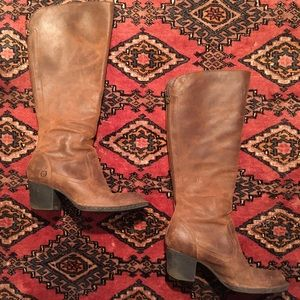 Born   Leather Heeled Boot Zip-Up